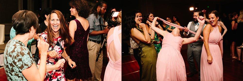 lisajoe_thelogan_philadelphia_artmuseum_wedding_image141.jpg