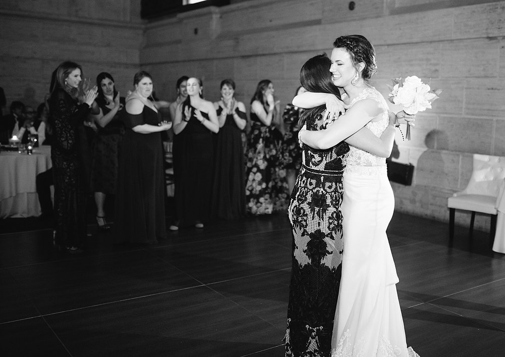 kirstentony_uniontrust_finleycatering_christchurch_philadelphia_wedding_image_0749.jpg