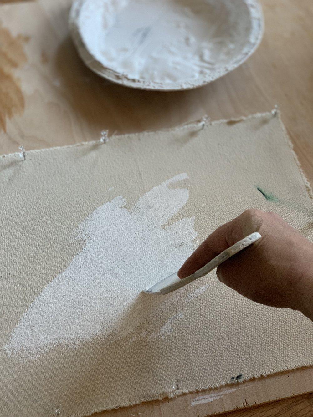how to gesso canvas with Elisabeth Larson Koehler