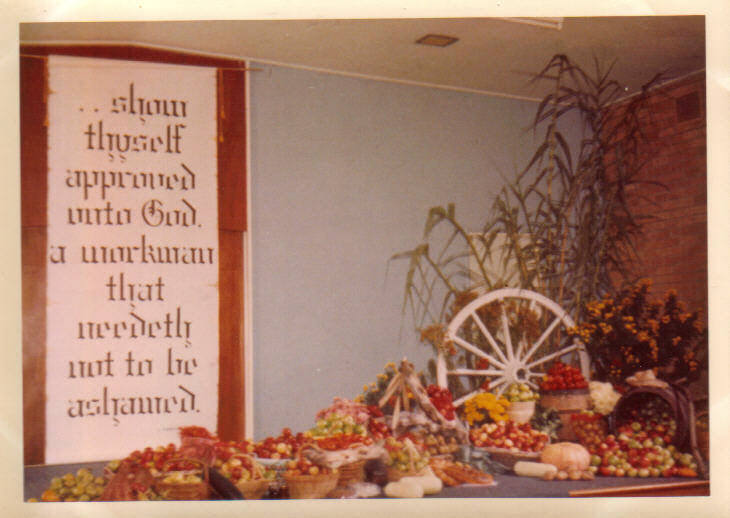 Harvest Thanksgiving, Bayswater Church of Christ, 1968 (photo: Norma Clinton)
