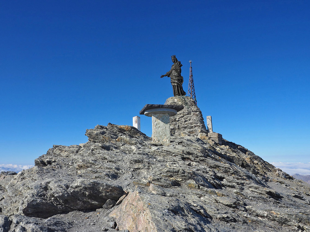 P9051428-la-cima-del-Rocciamelone.jpg