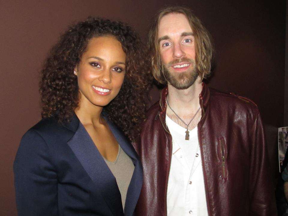 2012-02-28 - Alicia Keys and I at Jungle City.jpg