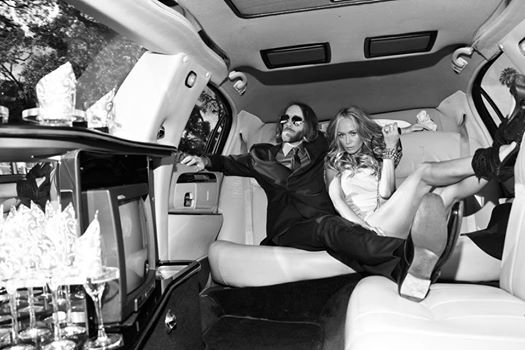 Grammy limo with KK by PK.jpg