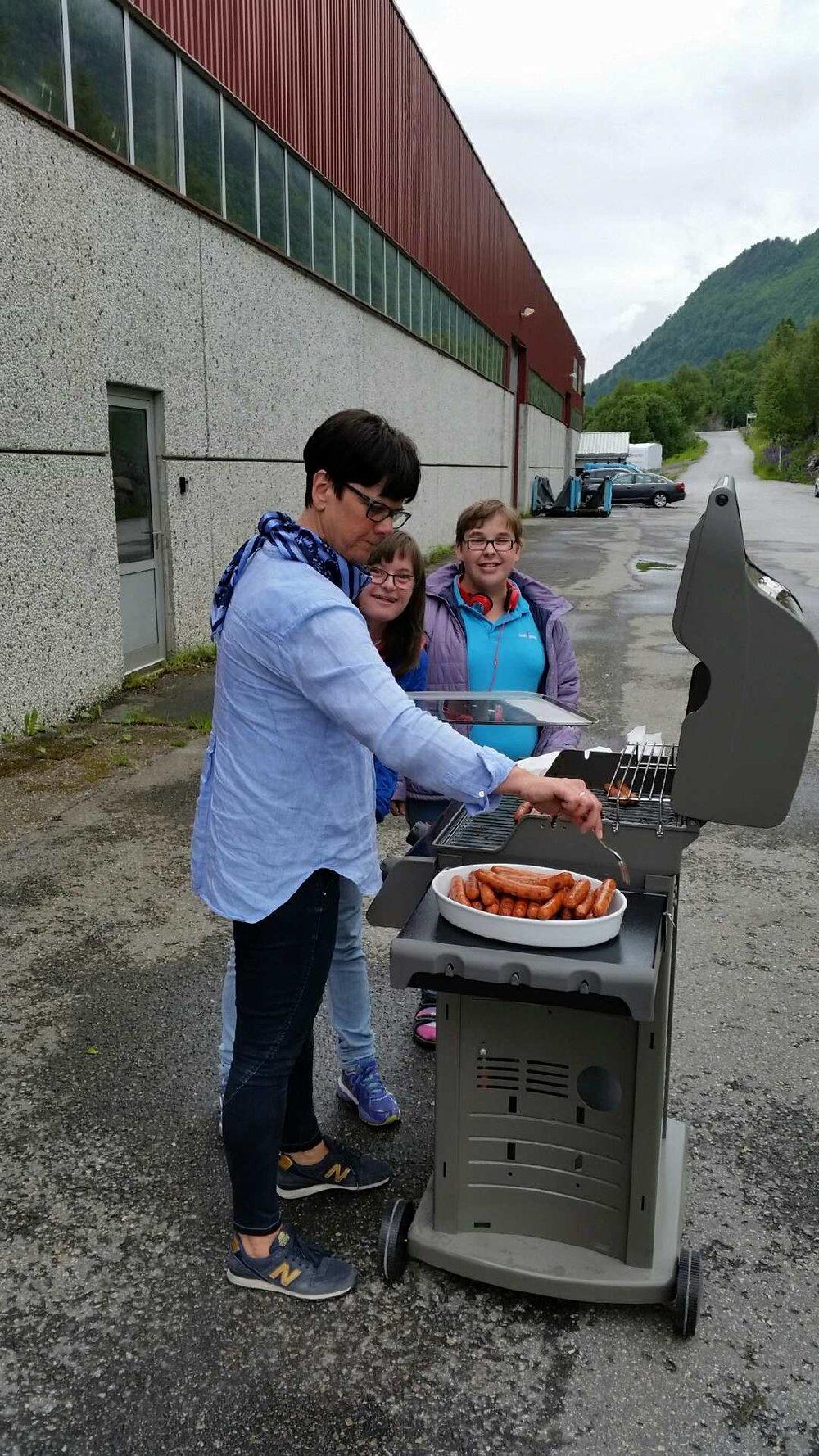 20)Grillfest sommer 2015.jpeg