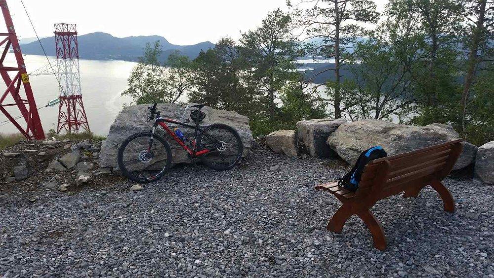 19)Sykkeltur Gausneset med Vekst benk 2015.jpeg