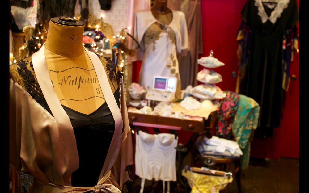 scentsandthecitylondon-tallulah-lingerie-islington18.png