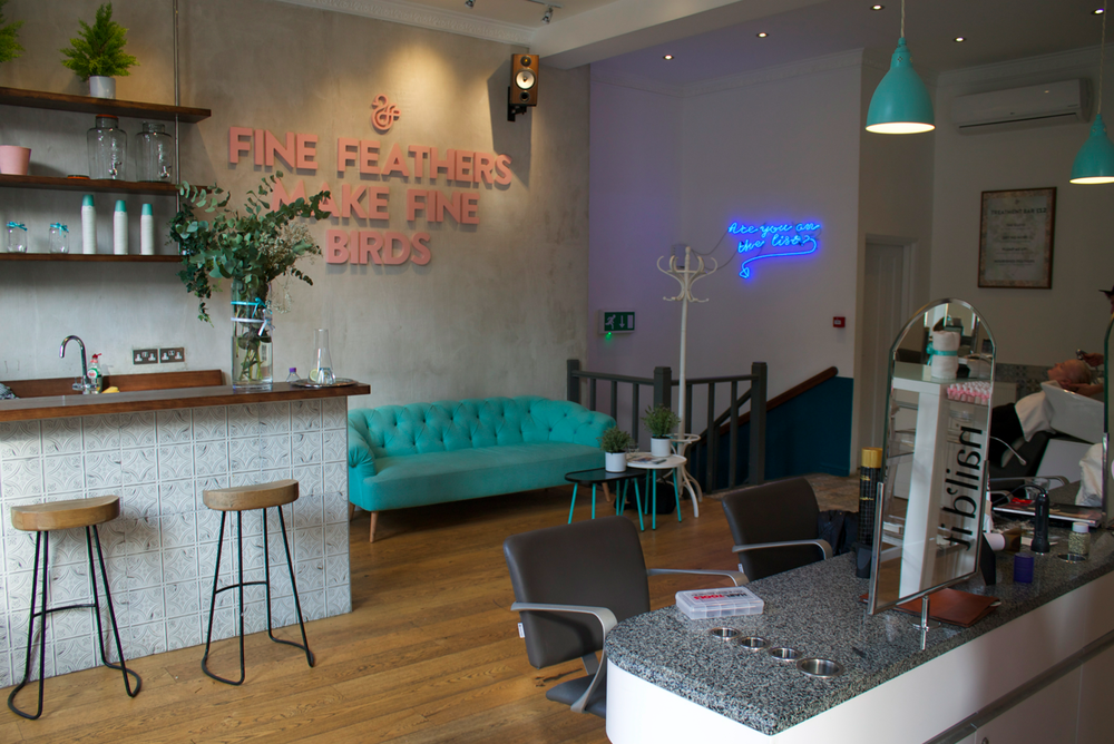 duck-and-dry-south-kensington-blow-dry-bars-in-chelsea-scentsandthecitylondon3.png