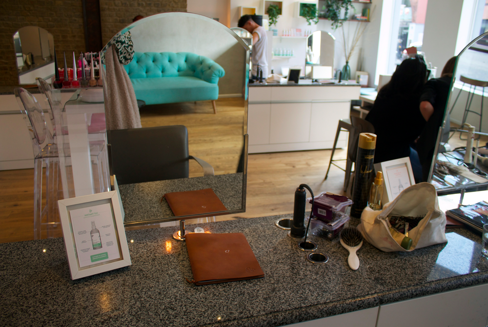 duck-and-dry-south-kensington-blow-dry-bars-in-chelsea-scentsandthecitylondon7.png