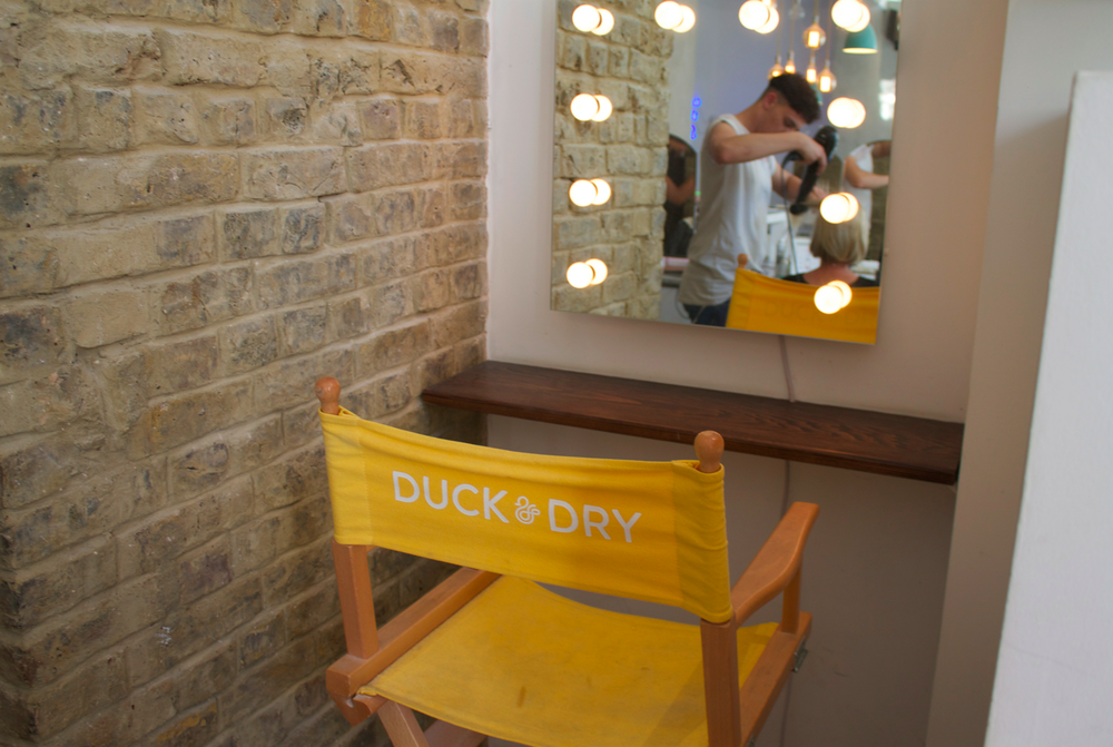 duck-and-dry-south-kensington-blow-dry-bars-in-chelsea-scentsandthecitylondon15.png