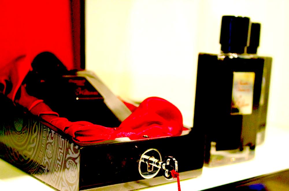 by-kilian-burlington-arcade-shop-box-scentsandthecitylondon.png