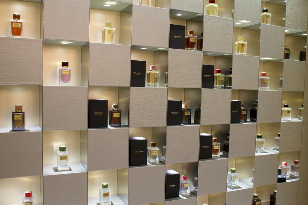 salon-de-parfums-harrods-scentsandthecity-dolce-gabbana.png