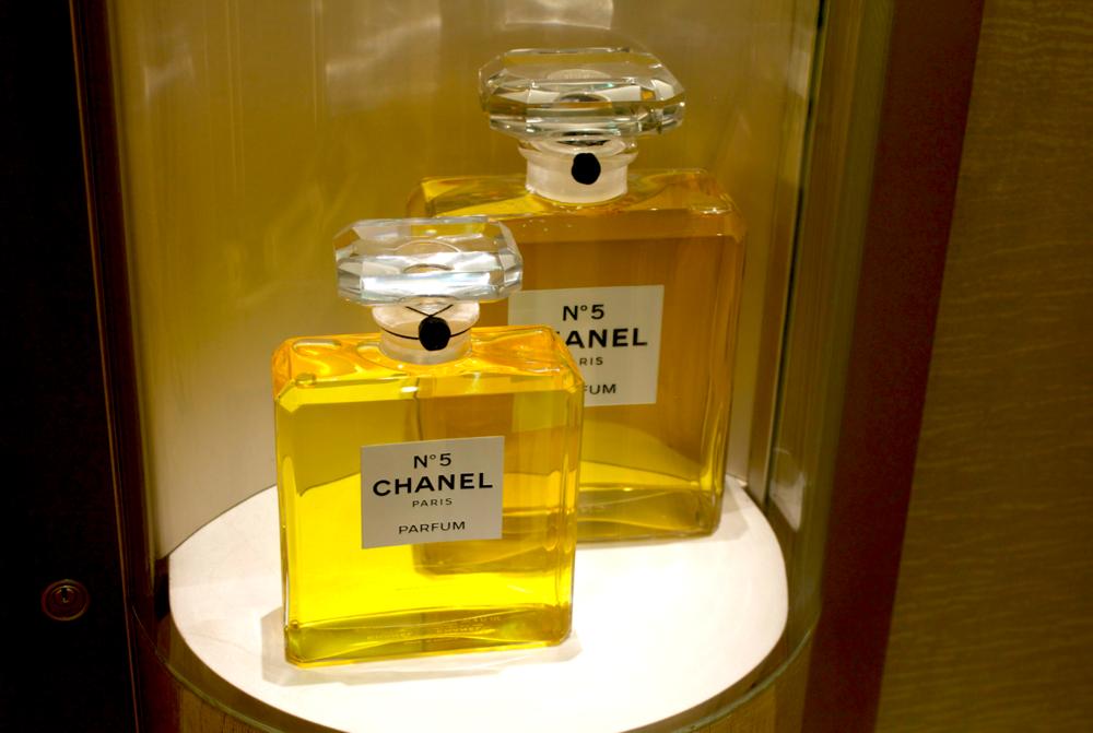 salon-de-parfums-harrods-scentsandthecity-chanel3.png