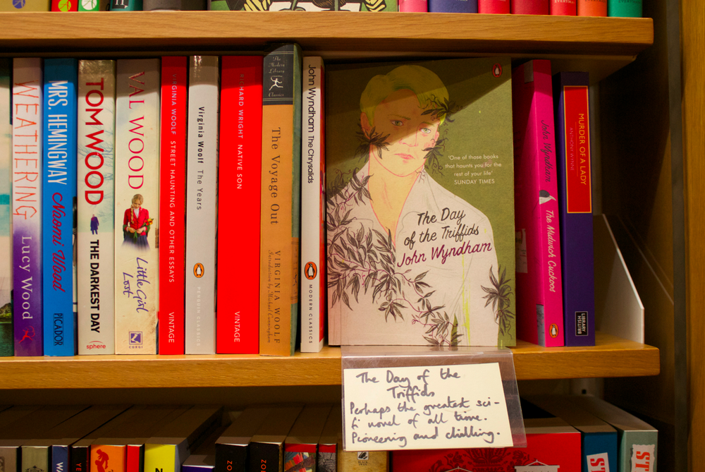 hatchards-book-shop-scentsandthecitylondon4.png