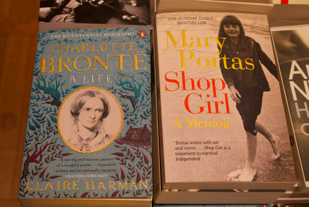 hatchards-book-shop-scentsandthecitylondon14.png