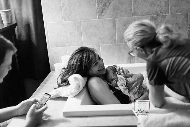 Love this beautiful moment! #bpbffs #birthphotography #newbaby #waterbirth