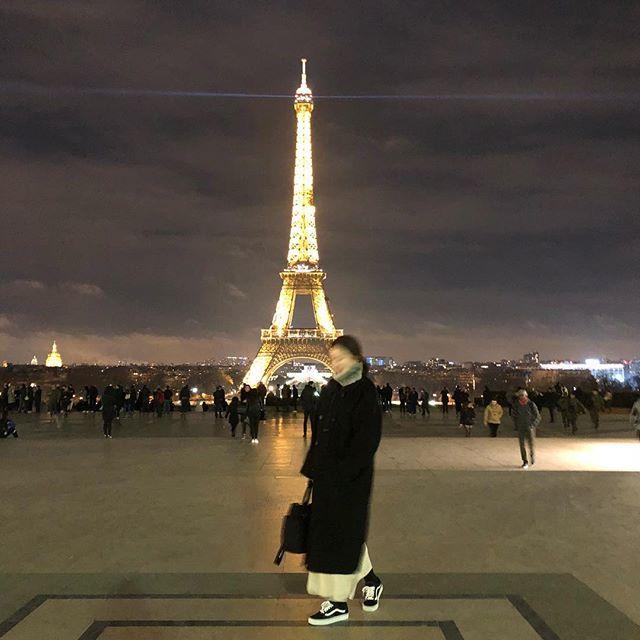 : 응, 나도 파리 가고 싶어서 👉🏼👈🏼 #삶은여행 #파리 #얼굴유령