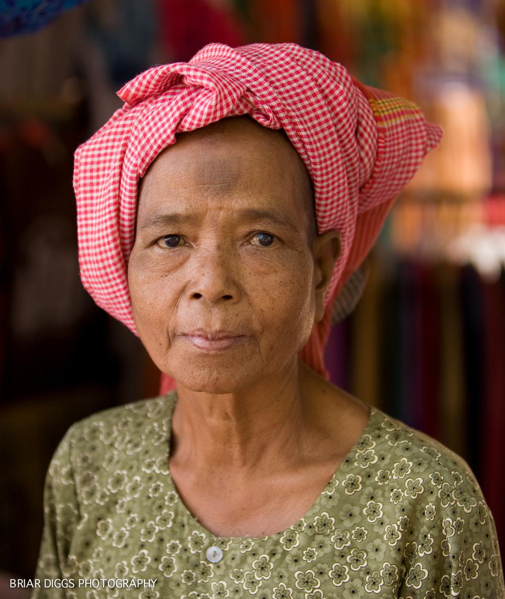 CAMBODIAN PORTRAITS-11.jpg
