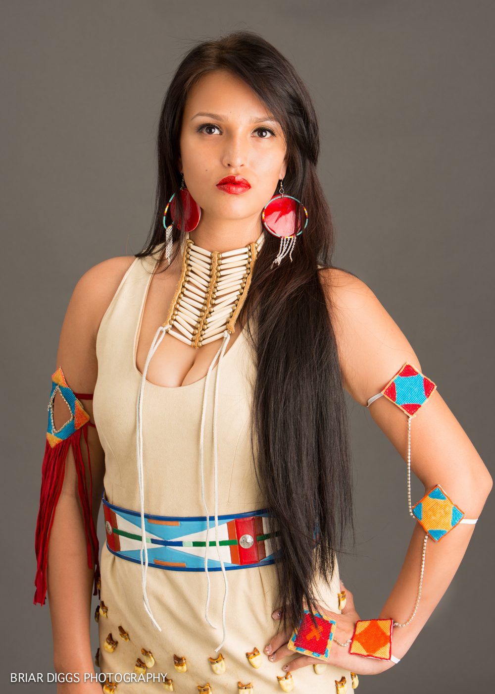 MODELS IN NATIVE DRESS-17.jpg