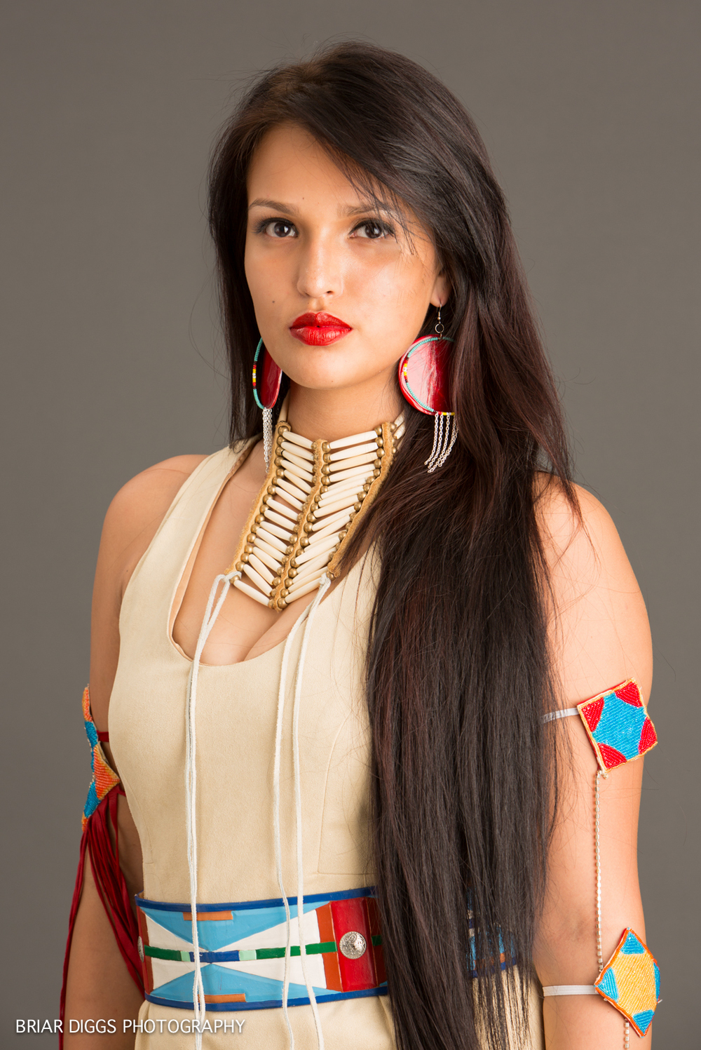 MODELS IN NATIVE DRESS-18.jpg