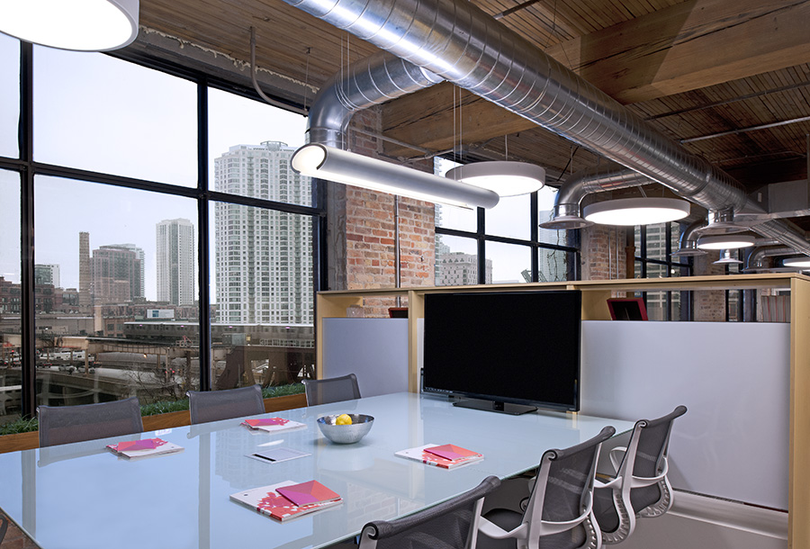 Thomas Chicago Office High Top Table.jpg
