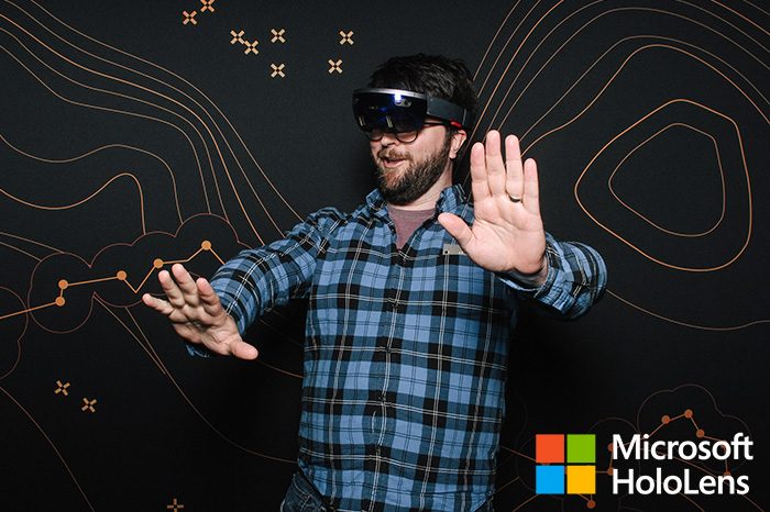 microsoft-hololens-smilebooth-build-conference-2016-5.jpg