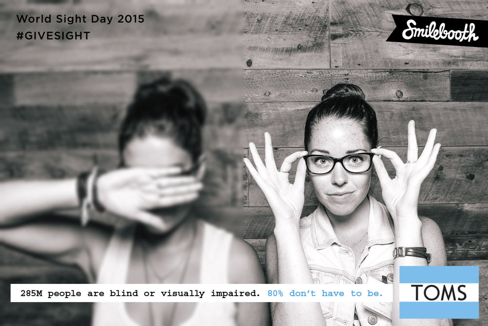 toms_worldsightday_bw_smilebooth_1.jpg