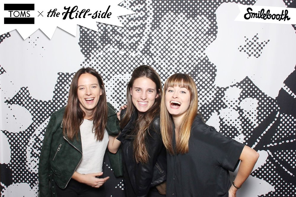 smilebooth_toms_printed_backdrop.jpg