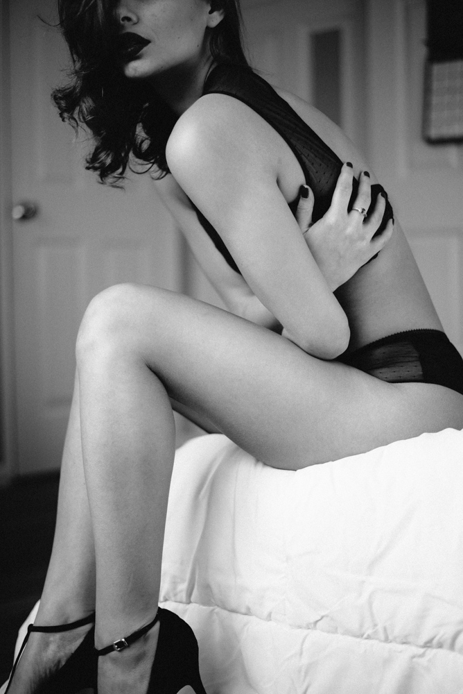 Black and white boudoir photography near boston