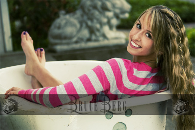 Hayley from Monroe High School in Benton County senior portraits