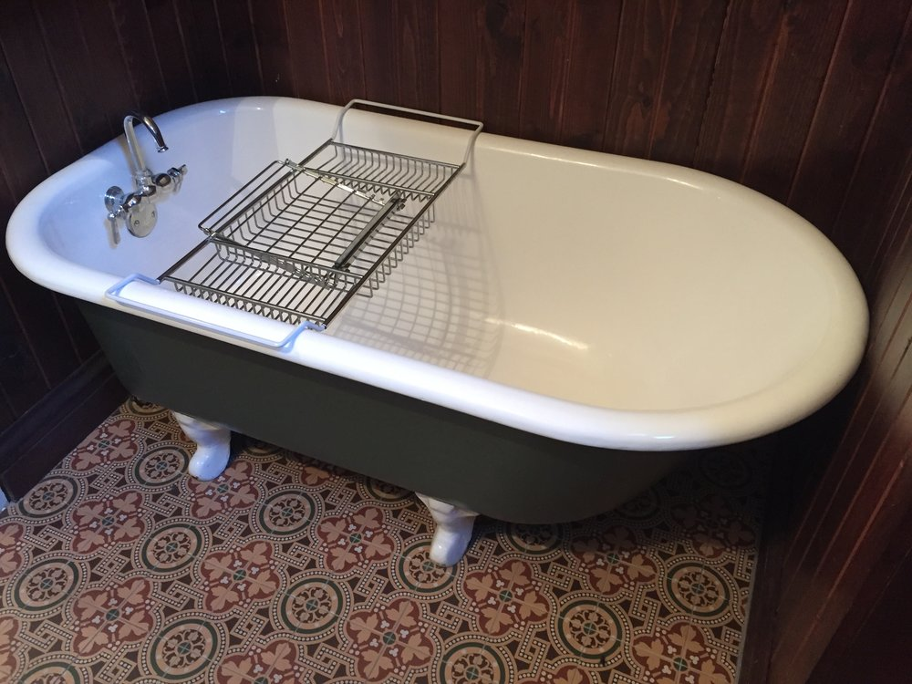 Vintage Antique Refinished Clawfoot Claw Foot Tub Bath Bathtub Gray ...