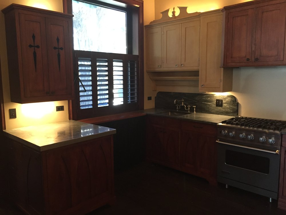 Gorgeous Custom Wood Antique Look Kitchen Cabinets Miele Dishwasher Two Sets