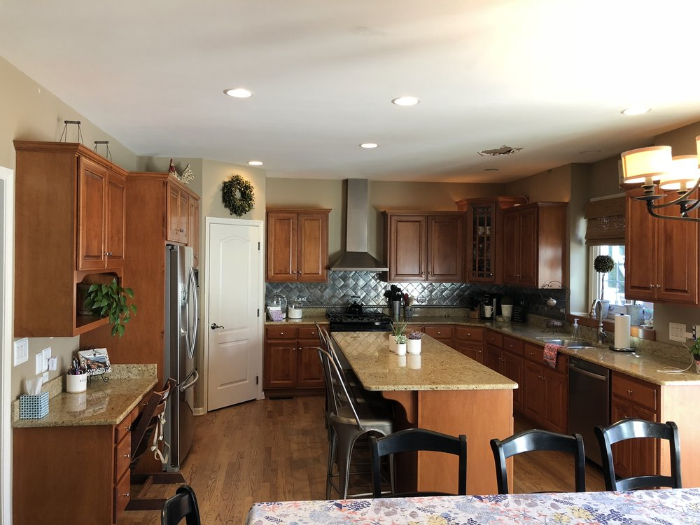 Complete Custom Wood Kitchen Cabinets Granite Counters Kitchen Aid  Whirlpool Stainless Steel Appliances Butlers Pantry