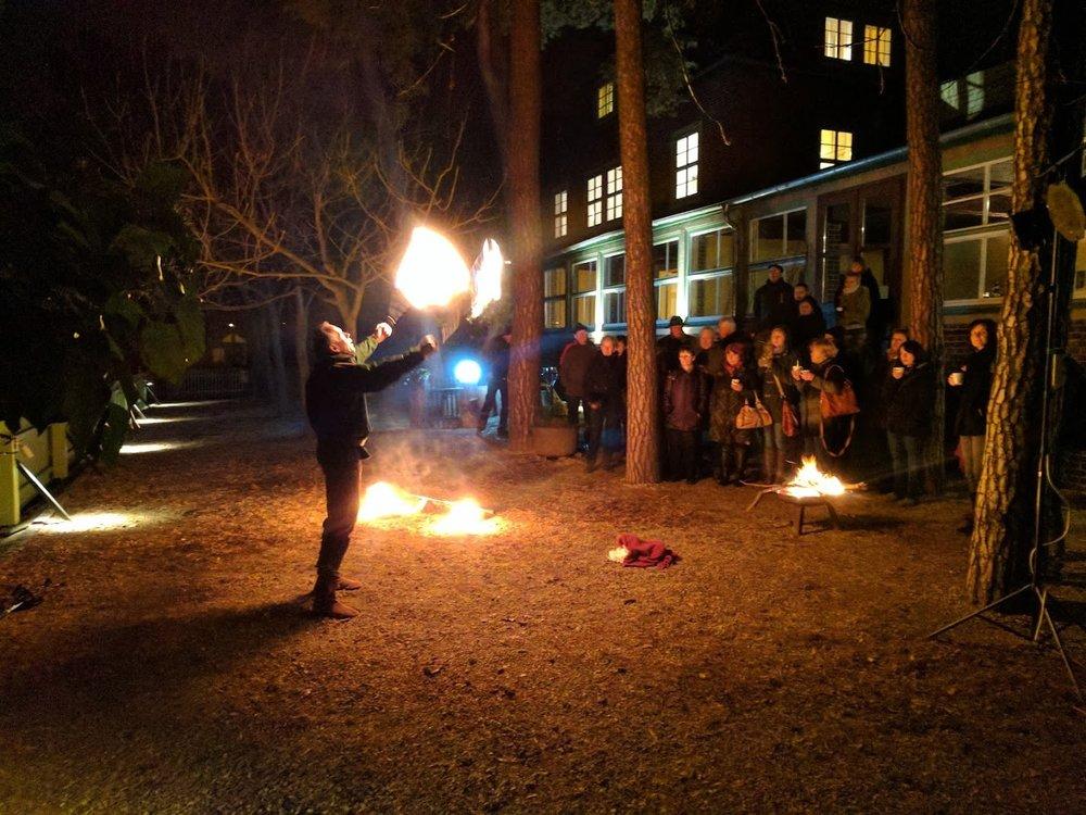 Feuershow.jpg