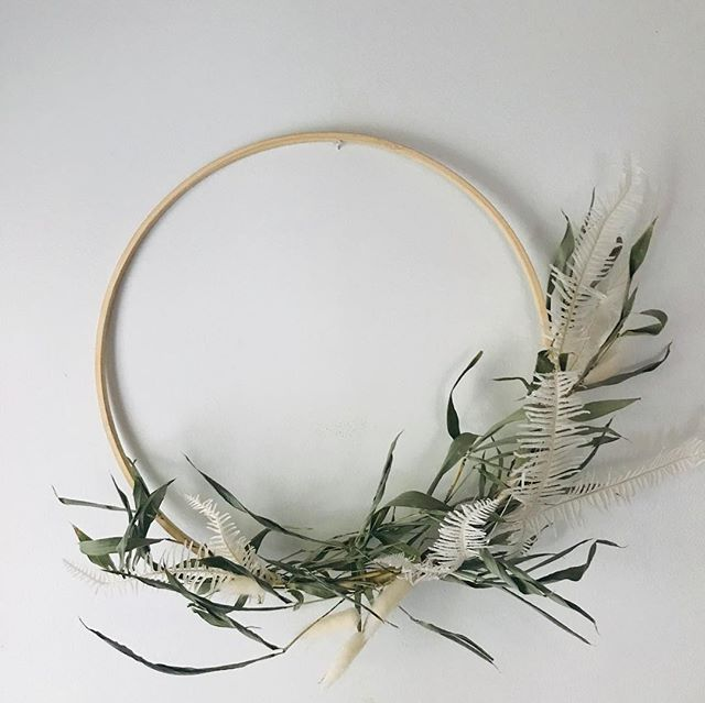 """Wreaths! Theme this year is """"I'm so minimalist I barely want to exiiiiiisssstt"""". Find them for sale at @thelocalgemsmv and my house 😘"""