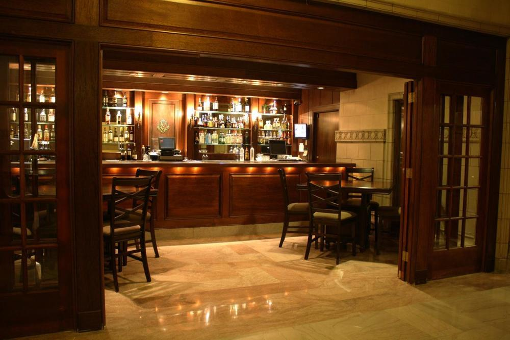 lobby bar, st. paul athletic club