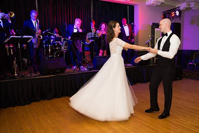 Let your personality show with the music you choose for your big day 🎶 . . . 📸: @megcooperphotography