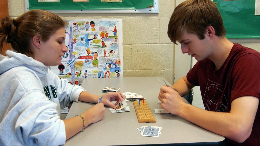 MHS students Isaac Mears and Laura Cassetty play cribbage during recess in autumn 2014 (image courtesy Edutopia)