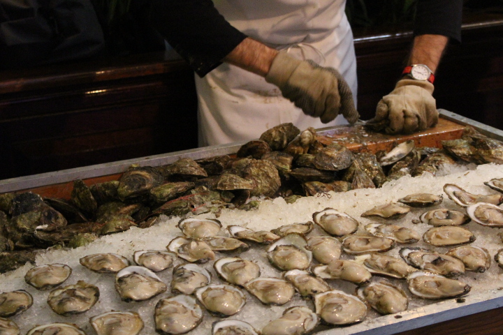Freshly-shucked oysters at the 2013 Oyster Riot.