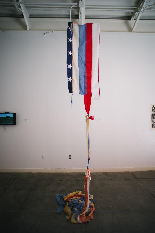 Teresita de la Torre US bandera Water Station bandera  flag, thread Dimensions variable  2018