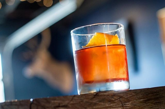 At the Golden Moon, we love the classics. Stop in for an Old Fashioned, made with Whiskey, Muscovado, Angostura, and Golden Moon Sweet Orange Bitters. . . . Photo: @hi_rez_photography  #goldenmoon #oldfashioned #classic #classiccocktails #cocktails #drinks #bar #speakeasy #goldenmoondistillery #goldenmoonspeakeasy #goldencolorado #visitgolden #spirits #bitters #muscovado #whiskey