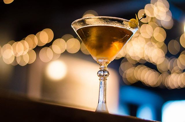 Join us at the Speak tonight for cocktails and live music by @jeremymohneymusic! Music starts at 8 pm. . Featured Cocktail . Bijou . 1.5 oz Ex Gratia Genepi .5 oz Golden Moon Gin 1 oz Italian Vermouth 2 dashes Citrus Bitters . Photo: @hi_rez_photography  #craftcocktails #cocktails #housecocktails #goldenmoon #goldenmoongin #gin #genepi #goldenmoonspeak #goldenmoonspeakeasy #goldenmoondistillery #speakeasy #distillery #spirits #livemusic #music #holidays #visitgolden #swing #jazz #dance
