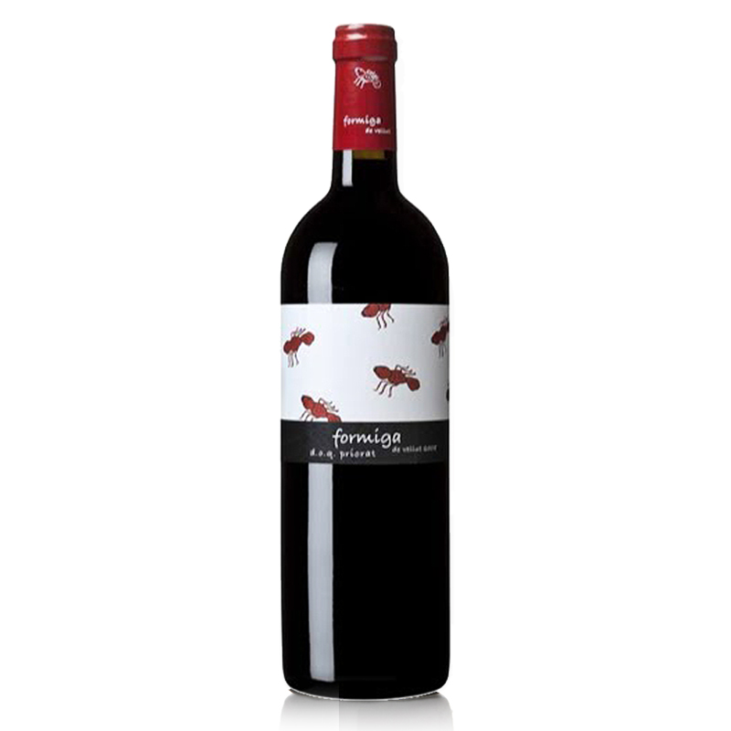 Formiga de Galena - The nose shows vibrant aromas of red fruit, sweet spices and licorice. The palate is medium to full- bodied with good intensity of flavor, soft tannin structure and a wonderful fruit profile.