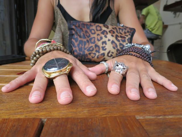 Nagicia Jewelry Sirsak Leaf