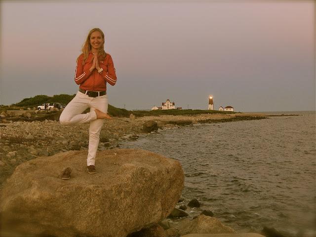 summer style, yoga pose, rhode island