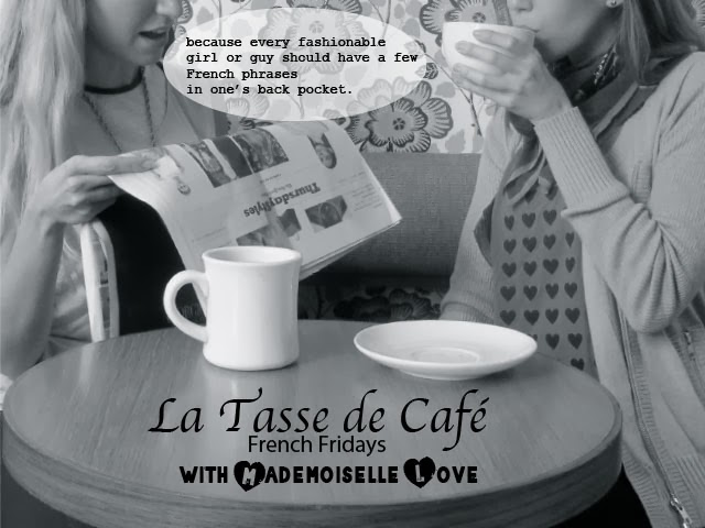 girls drinking coffee, cafe, coffee, talking, Flaneur, coffee talk, la tasse de cafe