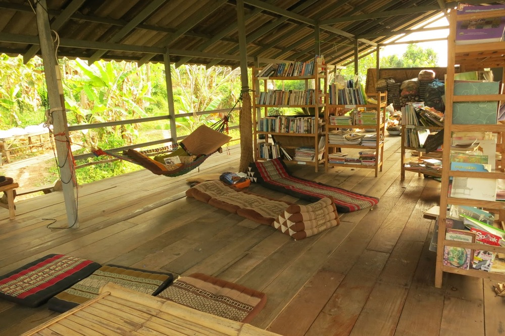 OUTDOOR LIBRARY IN THAILAND