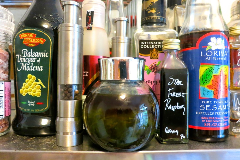 Basil Infused Oil_Infusions_DIY_Kitchen Hacks_Brooklyn Artisinal