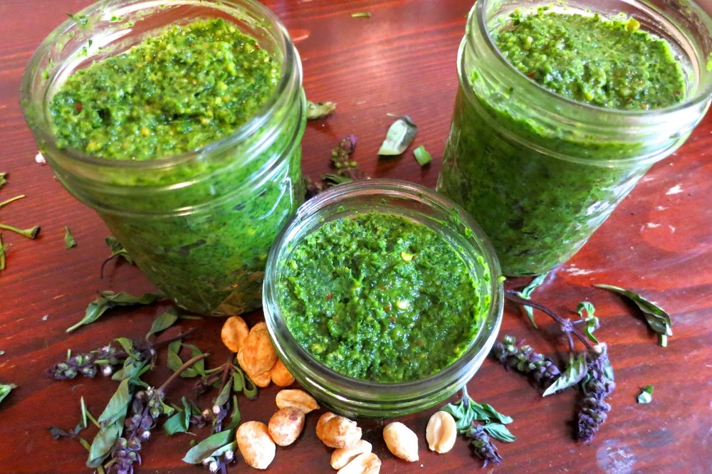 Thai Basil Pesto ,Homemade, Artisinal, DIY, kitchen hacks