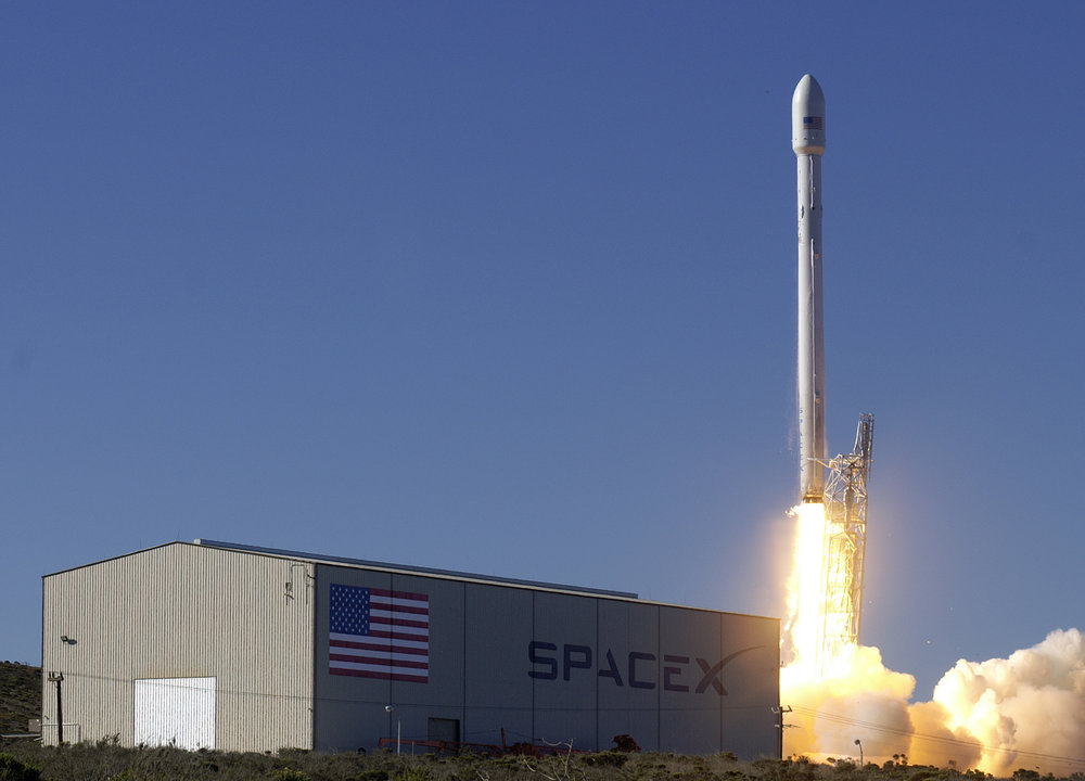 The new Falcon 9 seen testing at SpaceX
