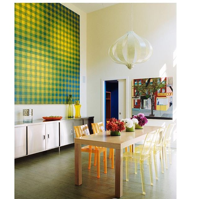 A Family Summer Kitchen for easy living!! #kitchens#sanchezcolemanstudio#christophercolemaninteriordesign#green#hipkitchen#coolkitchen#coolkitchens#dope#modernkitchen#coolcasa#cucina#greenfloor#greenflooors#orangeandgreen#interiordesign#inspiration#stainlesssteel#familystyle#nystyle#decoratehappy happy